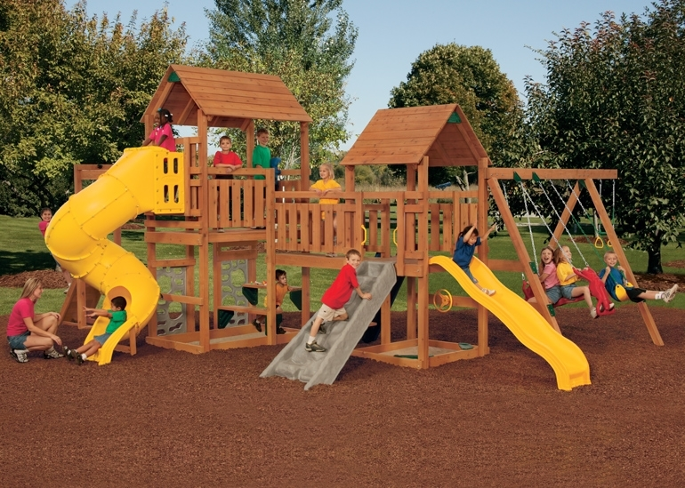 Super Star Playset with Children Playing
